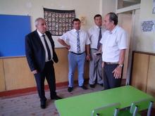 Շիրակի մարզպետի աշխատանքային այցը Գյումրու դպրոցներ ավարտվեց