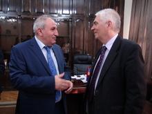 Շիրակի մարզպետը հանդիպել է Հայաստանում ԵՄ դեսպան Պյոտր Սվիտալսկիին