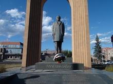 Մեկ տարի առաջ այսօրը հայ ժողովուրդը կորցրեց իր մեծանուն զավակին՝ Շառլ Ազնավուրին