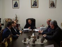 Տիգրան Պետրոսյանն այցելել է Շիրակի թեմի առաջնորդ Միքայել արքեպիսկոպոս Աջապահյանին՝ շնորհավորելու առաջնորդության 20 ամյա հոբելյանի առթիվ