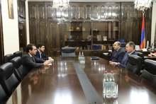 Շիրակի մարզպետ Հովհաննես Հարությունյանն այսօր հյուրընկալել է Գյումրիում ՌԴ գլխավոր հյուպատոս Ռուսլան Կանդաուրովին