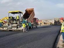 Հյուսիս-հարավ ճանապարհային միջանցքի Տրանշ-3-ում՝ Թալին-Լանջիկ և Լանջիկ-Գյումրի հատվածներում կատարվել են տեղամասերի փորձնական ասֆալտապատման աշխատանքներ